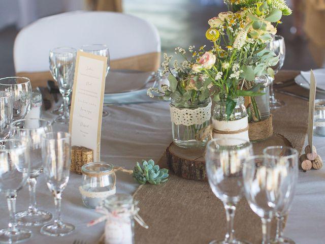 Le mariage de Julien et Arianne à Aimargues, Gard 1