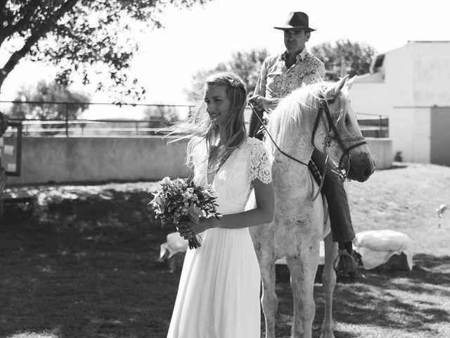 Le mariage de Julien et Arianne à Aimargues, Gard 9