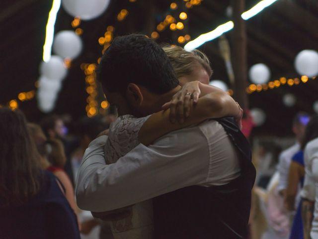Le mariage de Julien et Arianne à Aimargues, Gard 13