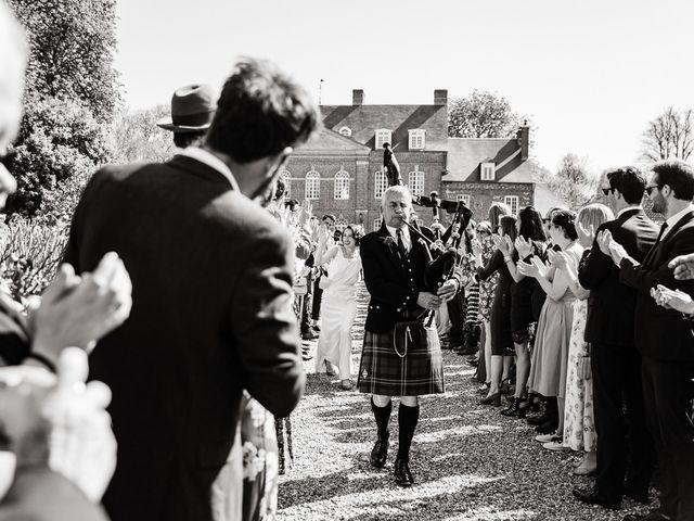 Le mariage de Rory et Daisy à Annecy, Haute-Savoie 9