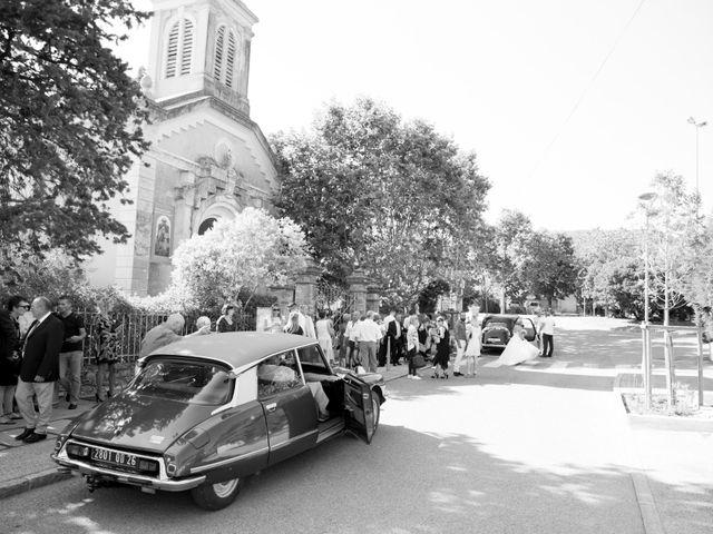 Le mariage de Jonathan et Marion à Pierrefeu-du-Var, Var 14