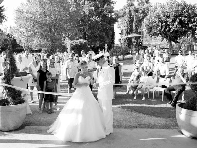 Le mariage de Jonathan et Marion à Pierrefeu-du-Var, Var 17