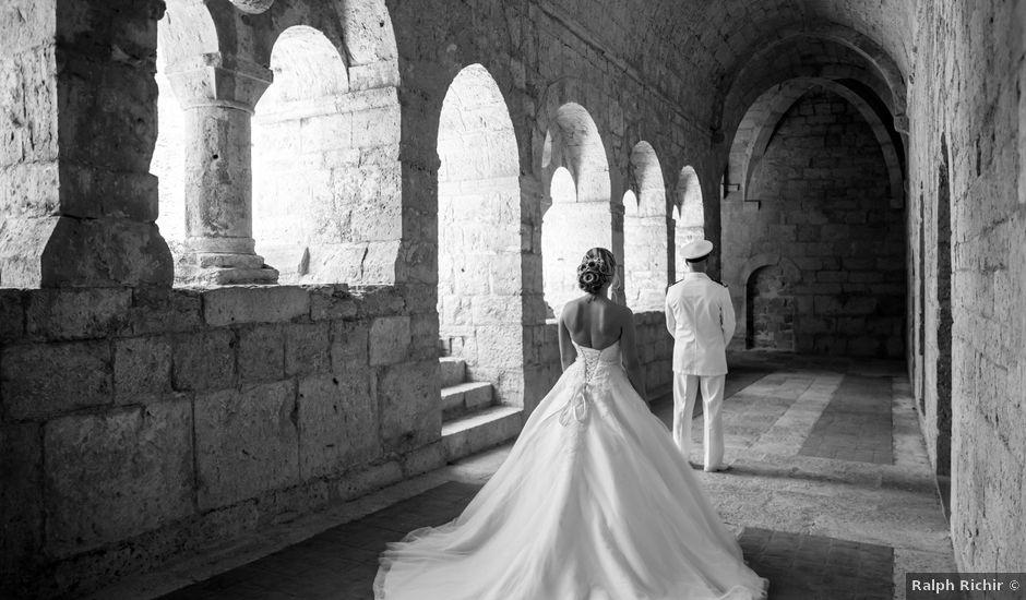 Le mariage de Jonathan et Marion à Pierrefeu-du-Var, Var