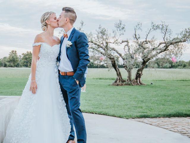 Le mariage de William et Helen à Eyguières, Bouches-du-Rhône 18