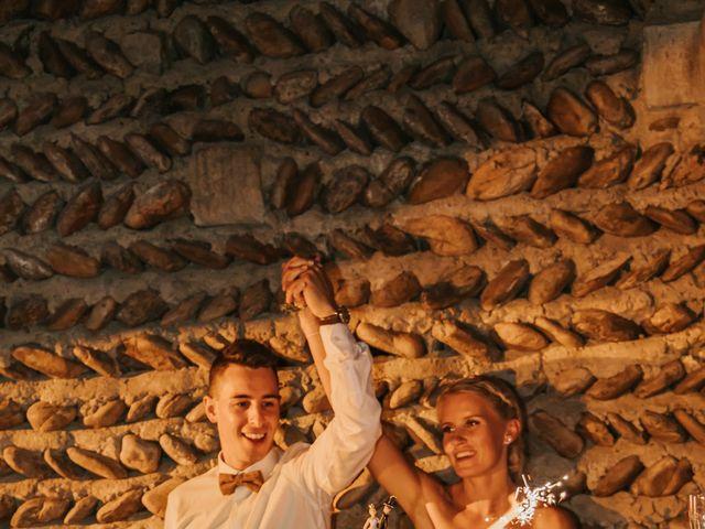 Le mariage de William et Helen à Eyguières, Bouches-du-Rhône 33