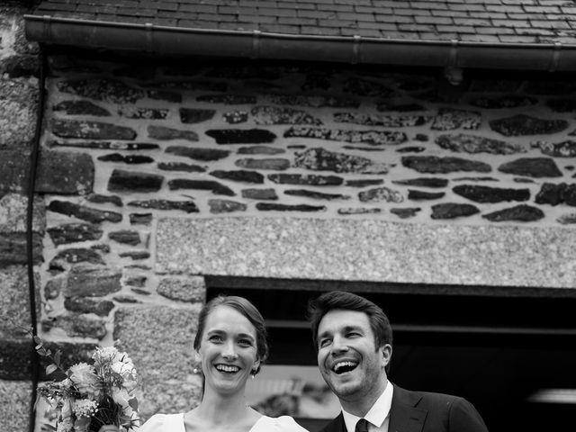 Le mariage de Alexandre et Marine à Le Haut-Corlay, Côtes d'Armor 8