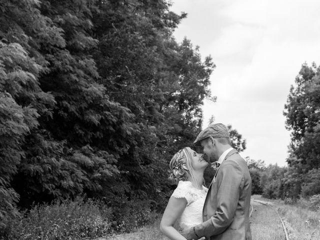 Le mariage de Ludovic et Isabelle à Abergement-la-Ronce, Jura 10