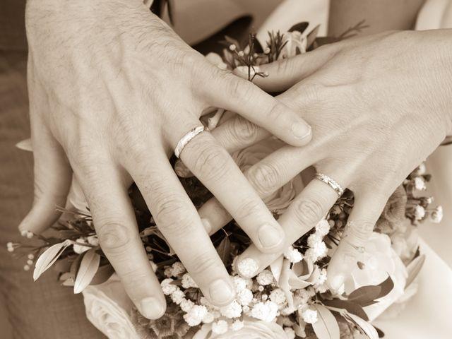 Le mariage de Ludovic et Isabelle à Abergement-la-Ronce, Jura 21