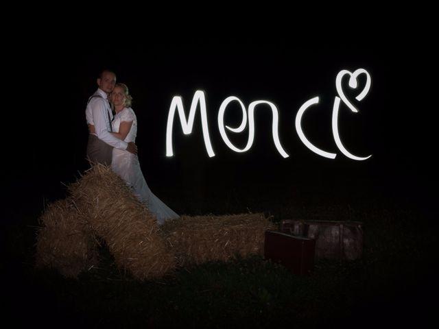 Le mariage de Ludovic et Isabelle à Abergement-la-Ronce, Jura 23
