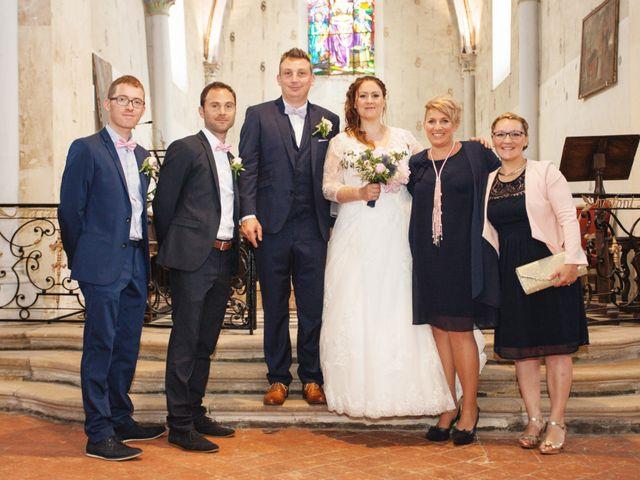 Le mariage de Ludovic et Typhaine à Ons-en-Bray, Oise 92