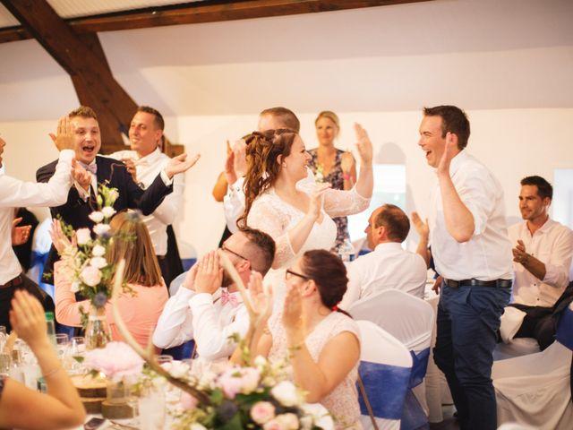 Le mariage de Ludovic et Typhaine à Ons-en-Bray, Oise 117