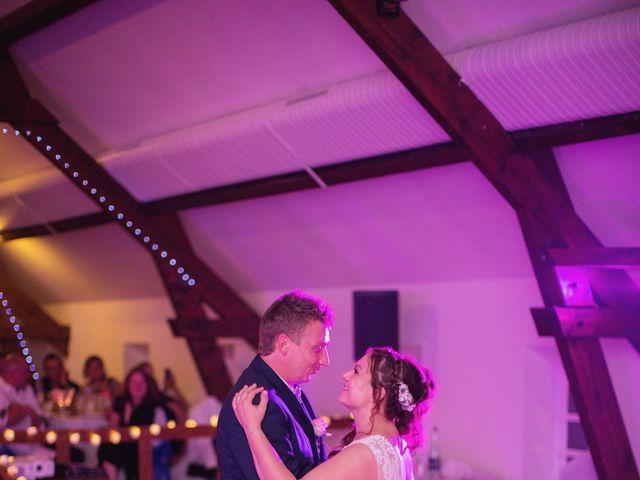 Le mariage de Ludovic et Typhaine à Ons-en-Bray, Oise 131