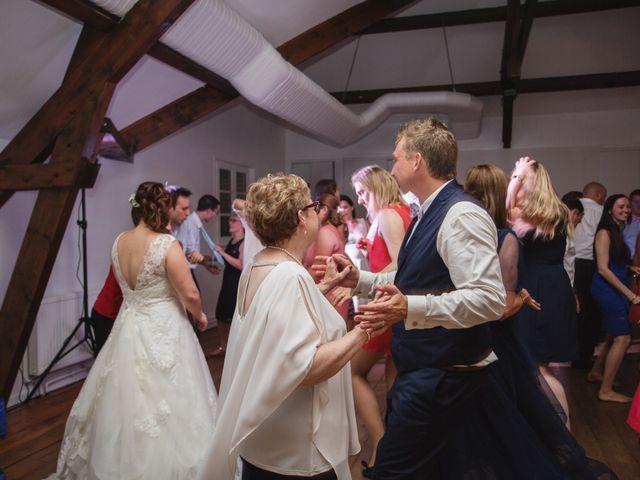 Le mariage de Ludovic et Typhaine à Ons-en-Bray, Oise 136