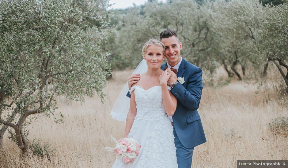 Le mariage de William et Helen à Eyguières, Bouches-du-Rhône