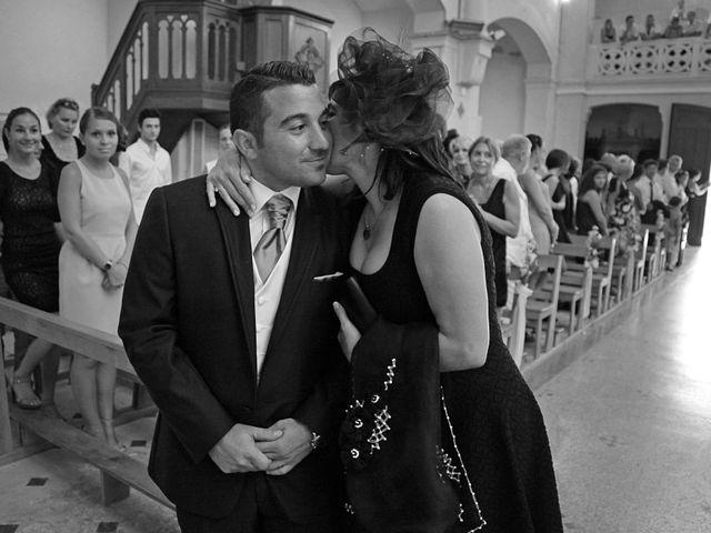 Le mariage de Adrien et Gaelle à Marseille, Bouches-du-Rhône 15