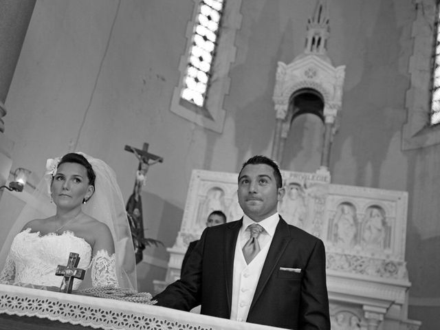 Le mariage de Adrien et Gaelle à Marseille, Bouches-du-Rhône 21