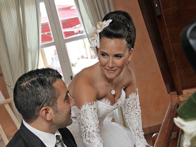 Le mariage de Adrien et Gaelle à Marseille, Bouches-du-Rhône 32