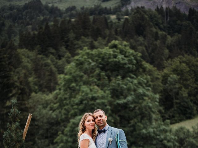 Le mariage de Adrien et Maëlys à La Giettaz, Savoie 15