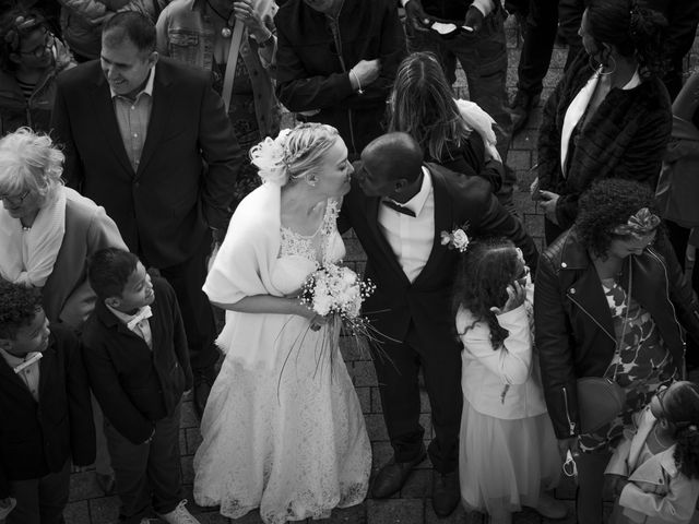 Le mariage de Jean-Yves et Ingrid à Chabeuil, Drôme 30