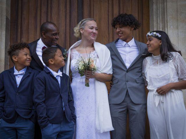 Le mariage de Jean-Yves et Ingrid à Chabeuil, Drôme 32