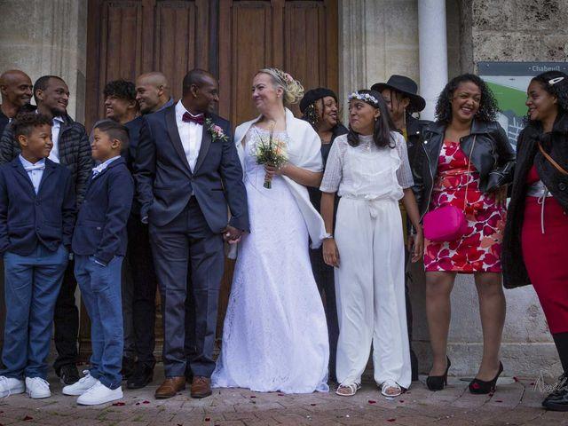 Le mariage de Jean-Yves et Ingrid à Chabeuil, Drôme 33