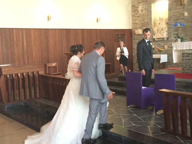 Le mariage de Yohan et Sandra à Saint-Georges-de-Bohon, Manche 16