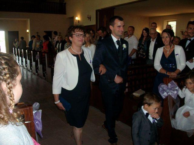 Le mariage de Yohan et Sandra à Saint-Georges-de-Bohon, Manche 40
