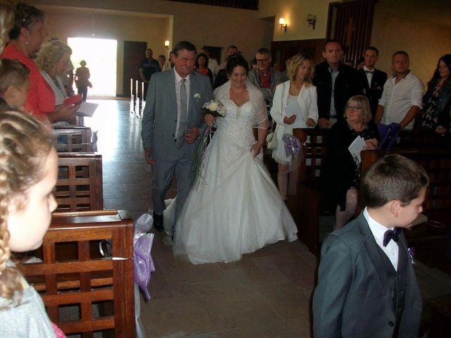 Le mariage de Yohan et Sandra à Saint-Georges-de-Bohon, Manche 41
