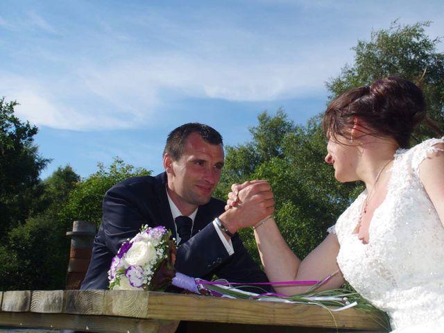 Le mariage de Yohan et Sandra à Saint-Georges-de-Bohon, Manche 55