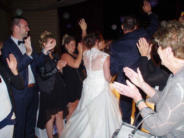 Le mariage de Yohan et Sandra à Saint-Georges-de-Bohon, Manche 59