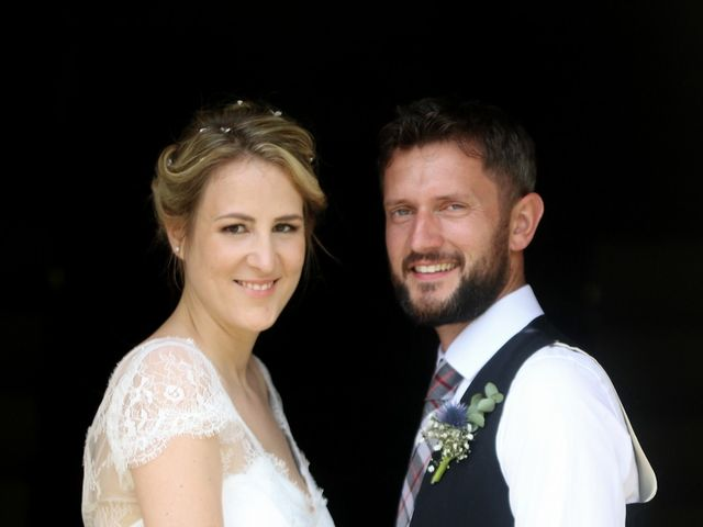 Le mariage de Scott et Pauline à Lignan-de-Bordeaux, Gironde 2