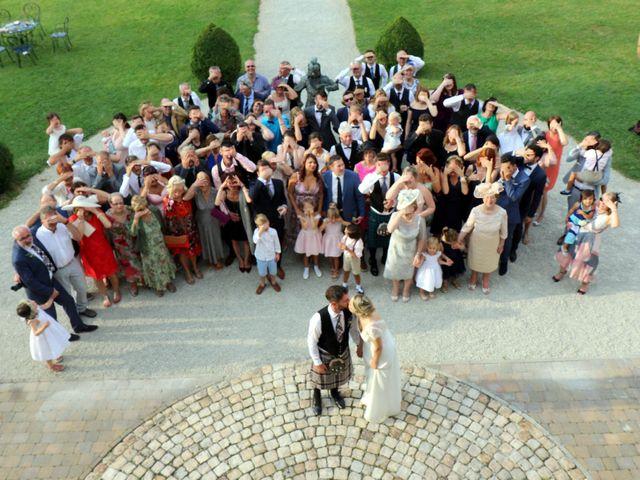 Le mariage de Scott et Pauline à Lignan-de-Bordeaux, Gironde 44