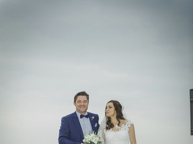 Le mariage de Marc et Catherine à Sciez, Haute-Savoie 12