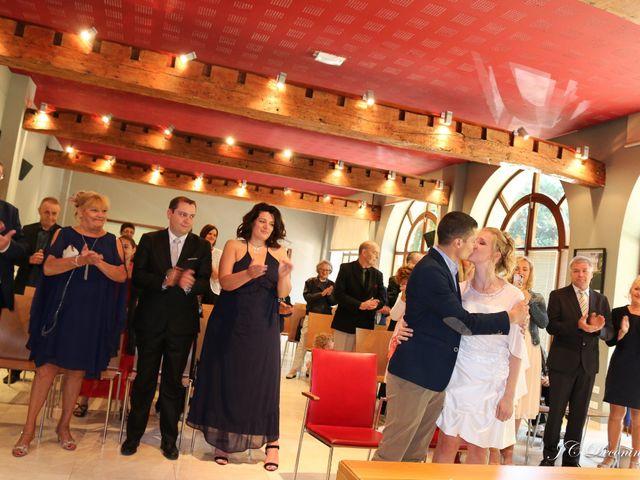 Le mariage de Romain et Amélie à Roncq, Nord 2