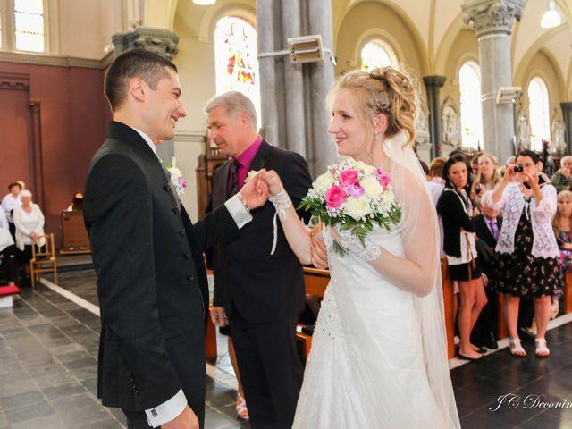 Le mariage de Romain et Amélie à Roncq, Nord 15