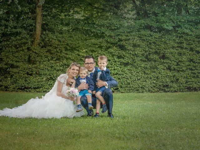 Le mariage de Romain et Pauline à Saint-Léger-sous-Cholet, Maine et Loire 12