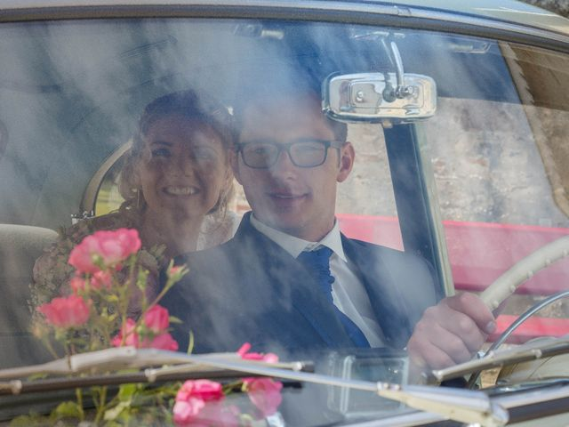 Le mariage de Romain et Pauline à Saint-Léger-sous-Cholet, Maine et Loire 15