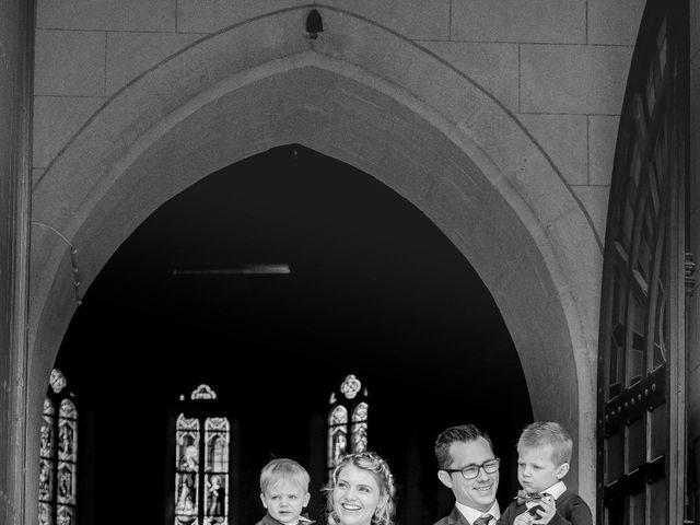 Le mariage de Romain et Pauline à Saint-Léger-sous-Cholet, Maine et Loire 28