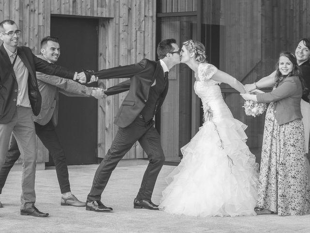 Le mariage de Romain et Pauline à Saint-Léger-sous-Cholet, Maine et Loire 41