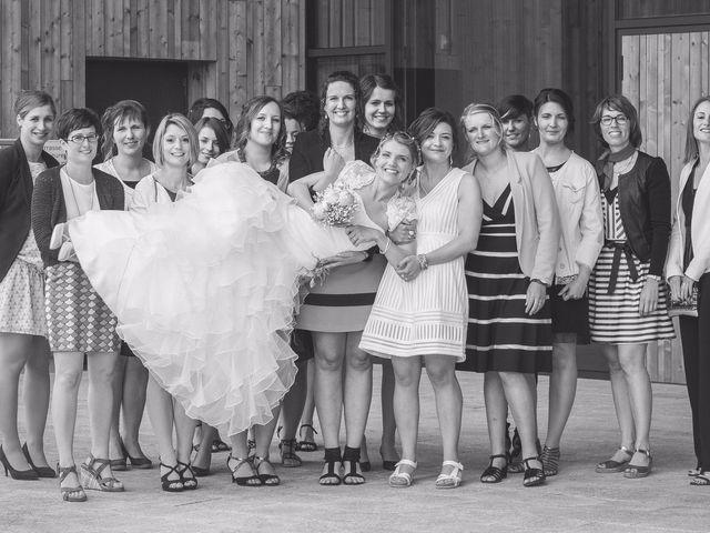 Le mariage de Romain et Pauline à Saint-Léger-sous-Cholet, Maine et Loire 43