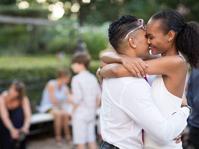 Le mariage de Adrien et Céline à Sanary-sur-Mer, Var 35