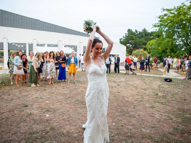 Le mariage de Valentin et Nathalie à Vallons-de-l'Erdre, Loire Atlantique 93