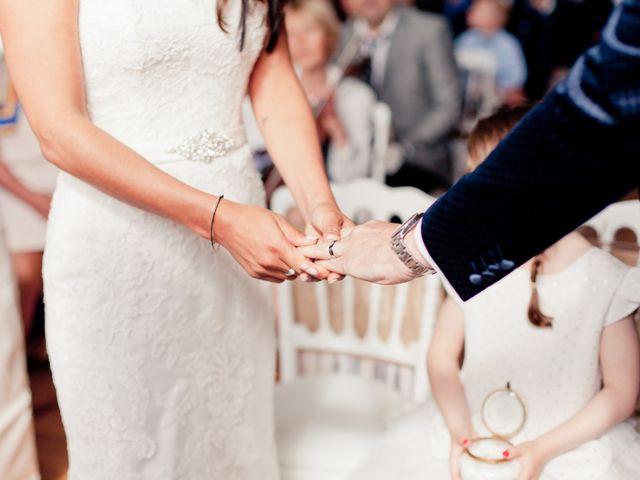 Le mariage de Loïc et Marie à Trouville-sur-Mer, Calvados 14