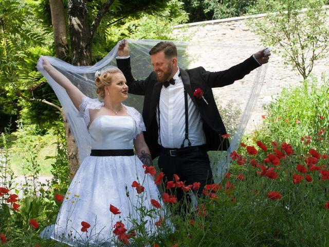 Le mariage de Manu et Sarah à Stiring-Wendel, Moselle 10