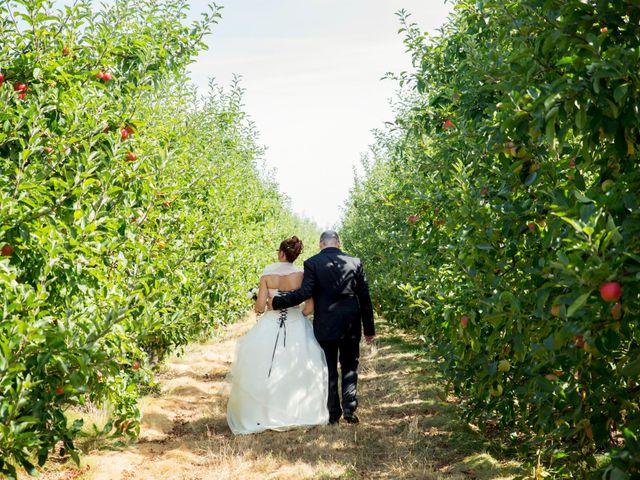 Le mariage de Hakim et Vanessa à Vallères, Indre-et-Loire 16