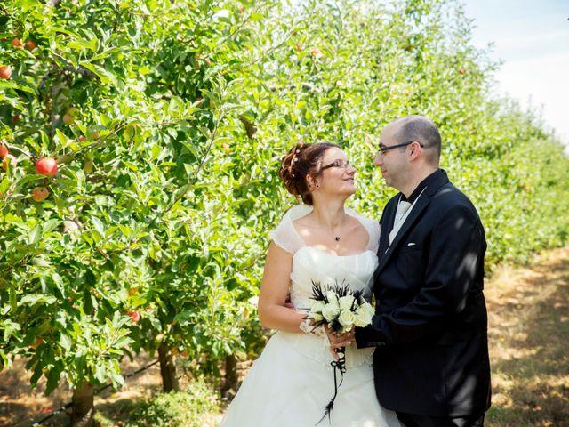 Le mariage de Hakim et Vanessa à Vallères, Indre-et-Loire 17