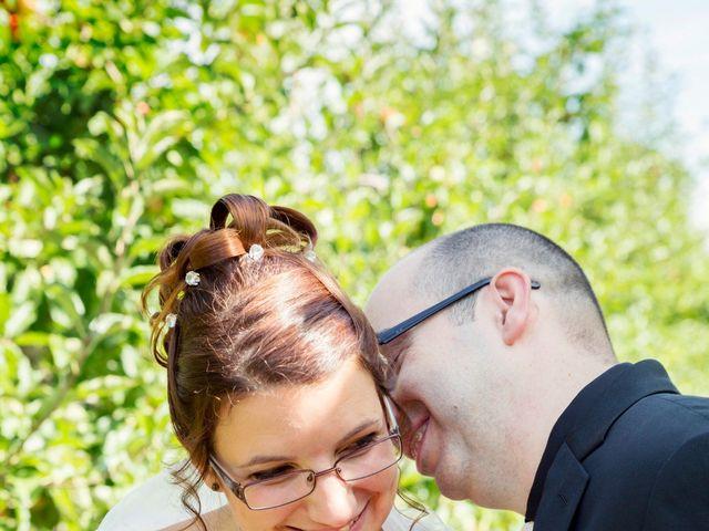 Le mariage de Hakim et Vanessa à Vallères, Indre-et-Loire 18