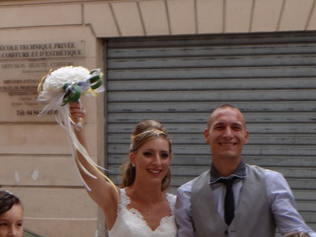 Le mariage de Eva et Thibault à Brignoles, Var 3