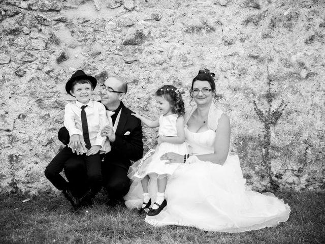 Le mariage de Hakim et Vanessa à Vallères, Indre-et-Loire 42
