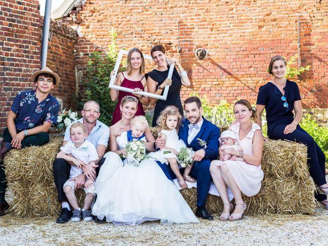 Le mariage de Romain et Tiffany à Chevincourt, Oise 24